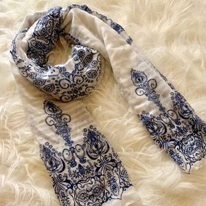 Accessories - Artistic Scarf Super Soft and Comfortable